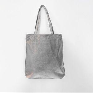 Handbags - 🆕 NWOT Charcoal Silver Grey Raw Silk Tote